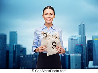 businesswoman, holdingsgeld, zakken, met, eurobiljet