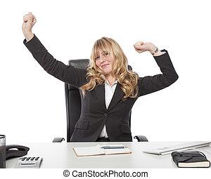 businesswoman, stretching, tevreden, haar, bureau