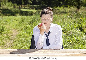 businesswoman taking a Lunch break in the fresh air
