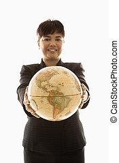 businesswoman, vasthouden, globe.