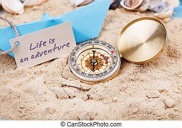 busola, w piasku, z, znak, -, życie, jest, na, przygoda