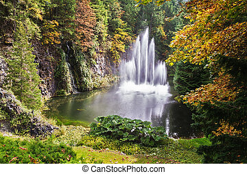 Butchart-gardens in cloudy day - Butchart-gardens on the ...