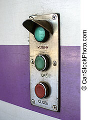 button power open close