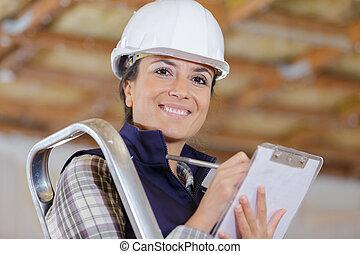 byggmästare, arbetare, se, kamera, kvinnlig, konstruktion