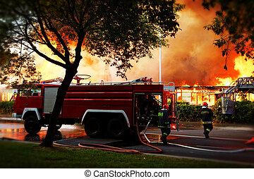 byggnad, över, flammor