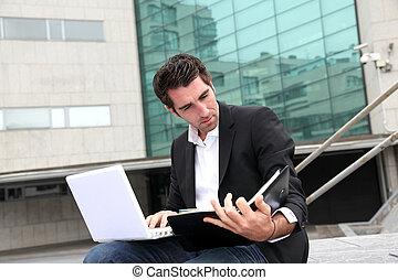 byggnad, representant, utanför, kontor, arbete