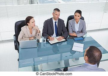 bywały, drużyna, wywiad, handlowiec, skoncentrowany