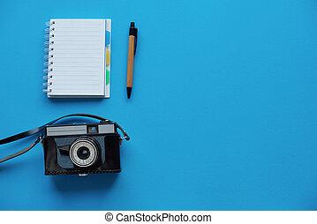 cámara, cuaderno, directamente arriba