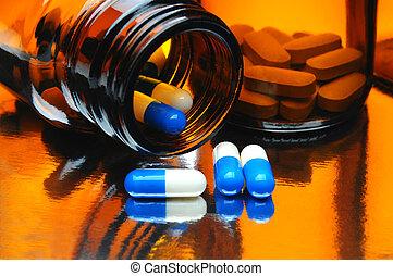 cápsulas, y, medicina embotella