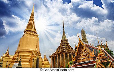 "célèbre, bangkok, temple, -, ""wat, pho"", à, ciel dramatique"