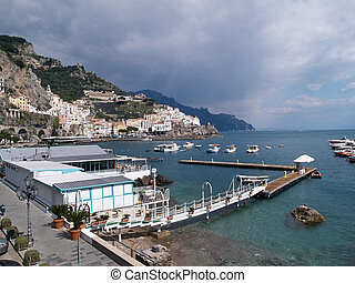 célèbre, italie, campanie, amalfi côte