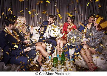 célébrer, champagne, amis, heureux