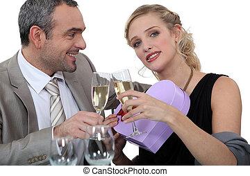 célébrer, couple, jour, valentine