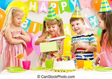 célébrer, gosses, joyeux anniversaire, fête