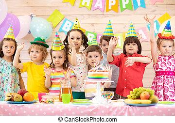 célébrer, gosses, vacances, anniversaire, heureux