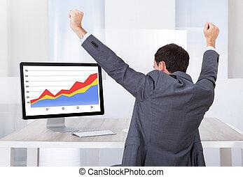 célébrer, informatique, homme affaires, reussite, bureau