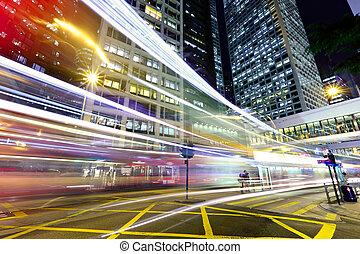 céntrico, tráfico, noche