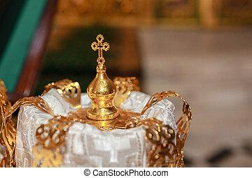 cérémonie, doré, autel, couple, mariage, couronne, traditionnel, église, religieux