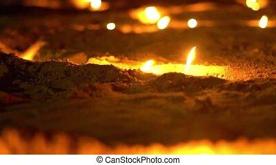 cérémonie, lent, bougies, slide., windy., mouvement, sable, asiatique, religieux