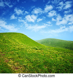 céu azul, verde, nuvens, colinas