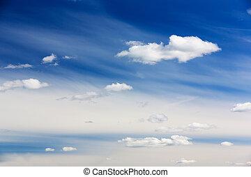 céu, nuvens