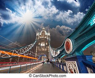 céu ocaso, cores, sobre, ponte torre, em, londres