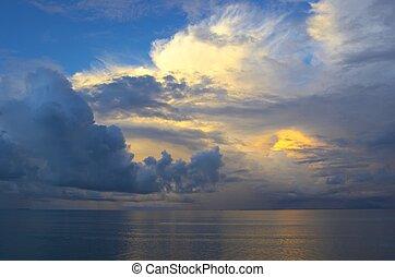 céu ocaso, em, oceano índico