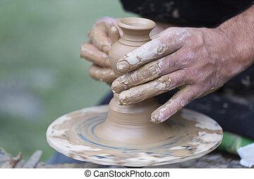 círculo, crear, de barro, tarro, manos, alfarero