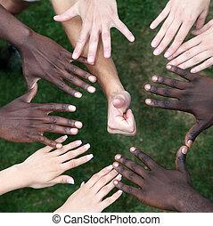 círculo, de, mãos, com, jovens, de, diferente, nações