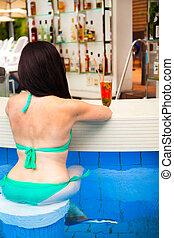 cóctel tropical, joven, vacaciones, piscina, recurso, el...