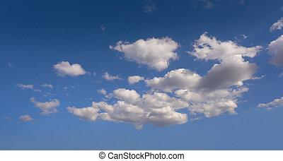 cúmulos, perfecto, blanco, en, cielo azul