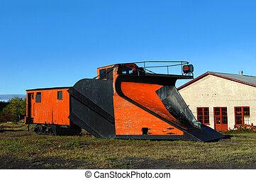 *c*, &, *h*, רכבת, שלג חורש