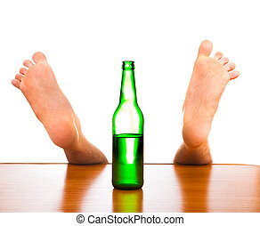 caído, garrafa, homem