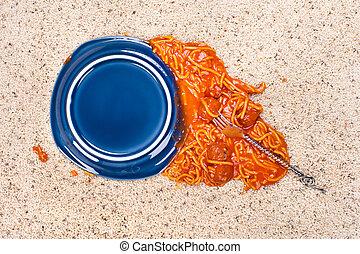 caído, plate de, espaguetis, en, alfombra