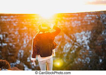 cañon, voornaam, ondergaande zon , jonge vrouw
