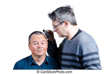 cabelo, seu, inspeccionando
