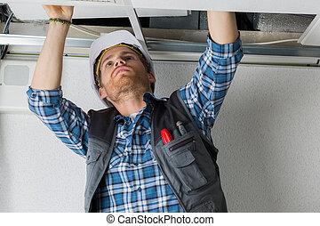 cablaggio, soffitto, elettrico, lavoratore