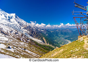 Cable car in snowy mountains, Chamonix, Mont Blanc, Haute-Savoie, France