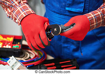 cable., usage, électricien, travail, onduler, pinces