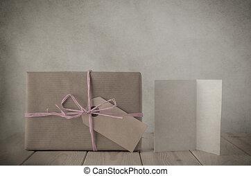 cadeau, carte papier, brun, rose, salutation, boîte, raphia