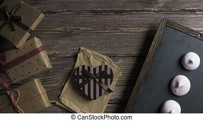 cadeau, fond, lumière, sur, bureau, voyages, boîtes, sommet