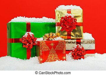 cadeau, présente, arrière-plan., emballé, noël, rouges