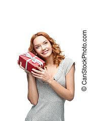 cadeau, roux, jeune, tenue, fille souriante, heureux