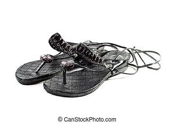 cadeia, sandálias