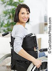 cadeira rodas, dentro, mulher