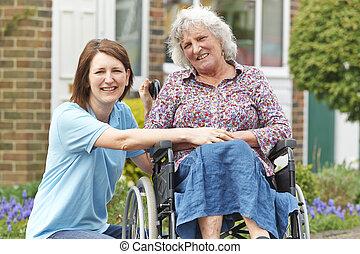 cadeira rodas, mulher, sênior, carer