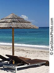 cadeiras, guarda-sol, vista mar