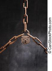 cadenas, vieux
