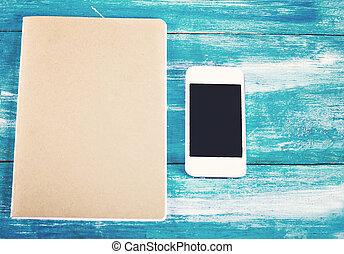 caderno, e, telefone móvel, ligado, a, antigas, azul, madeira, boards.