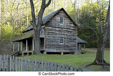 Cades Cove - Cabin - Historic Tipton House built in 1870s